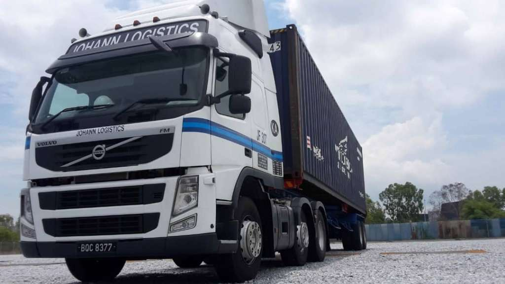 container trucking service haulage, handle storage of container and cargo